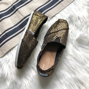 toms metallic gold black slip ons new
